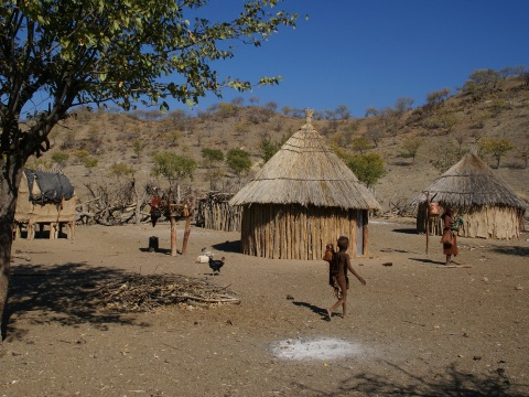 Himba_village